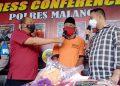 Pelaku pencabulan inisial PR ditangkap anggota Satreskrim Polres Malang karena telah mencabuli anak tirinya sendiri. Korban mengancam tidak akan menafkahi ibunya jika tidak dituruti syahwatnya.