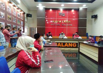 PDIP Kabupaten Malang Resmi Layangkan Aduan ke Polres Malang