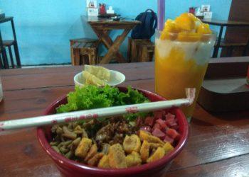 Tampilan salah satu menu Mie Ayam Bledex 13. (Foto: Dionisius P/Javasatu.com)